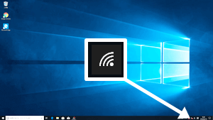 Windows 10 デスクトップ画面右下のネットワークアイコンをクリック